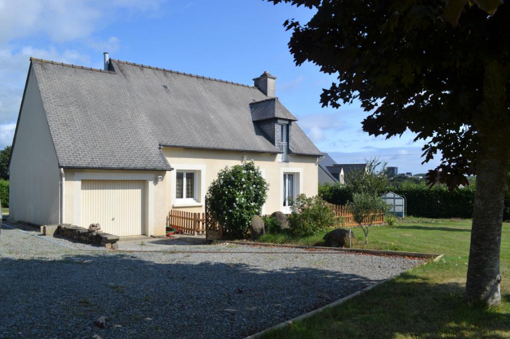 Maison Plancoet  - 6 pièce(s) - 4 chambres - 105 m2