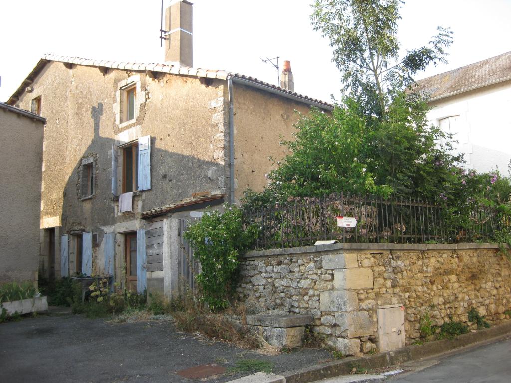 Maison Sanxay 5 pièce(s) 130 m2