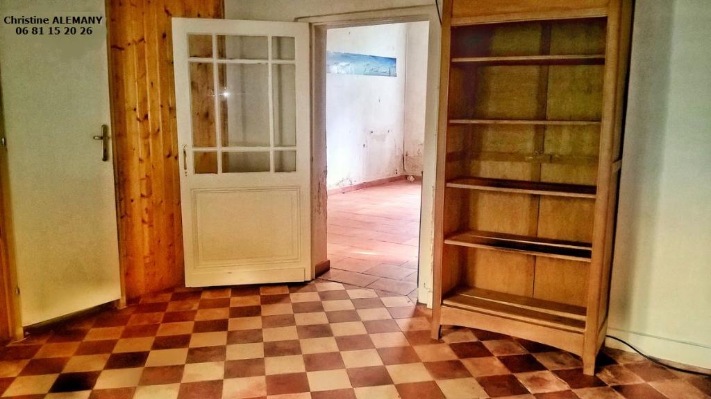 Maison St Medard En Jalles, 2 pièces 50 m² environ, sur une parcelle de 328 m²