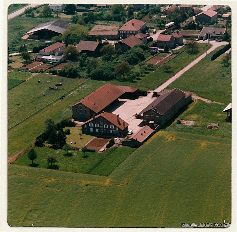 57000 METZ, Corps de ferme 11ha,maison 4 ch 253 m2, picine,1024000