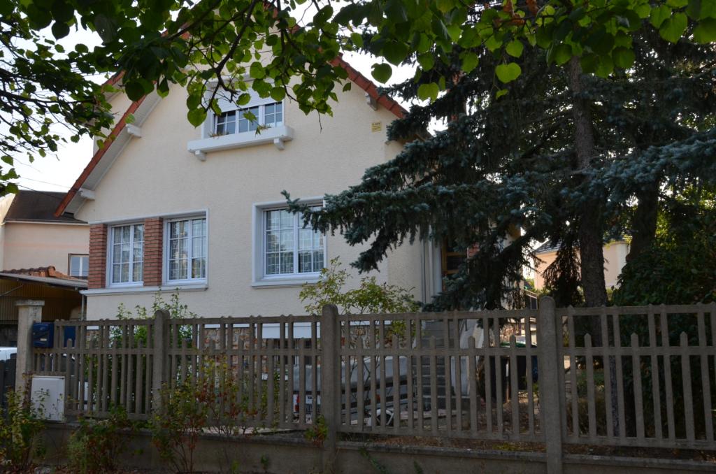 91700 - Sainte Geneviève des Bois  - Maison 7 pièce(s) 120 m²