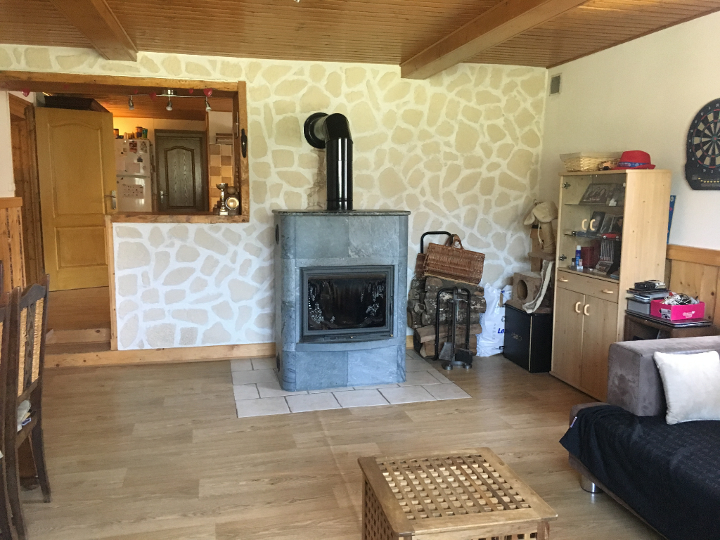 39220 Bois d'Amont - Appartement 167m² - terrain 275m² - parking - caves