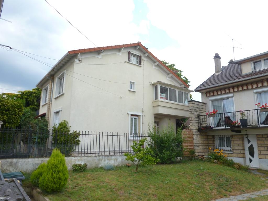 Gagny 93220 très bel appartement vide refait à neuf  48.38 m2