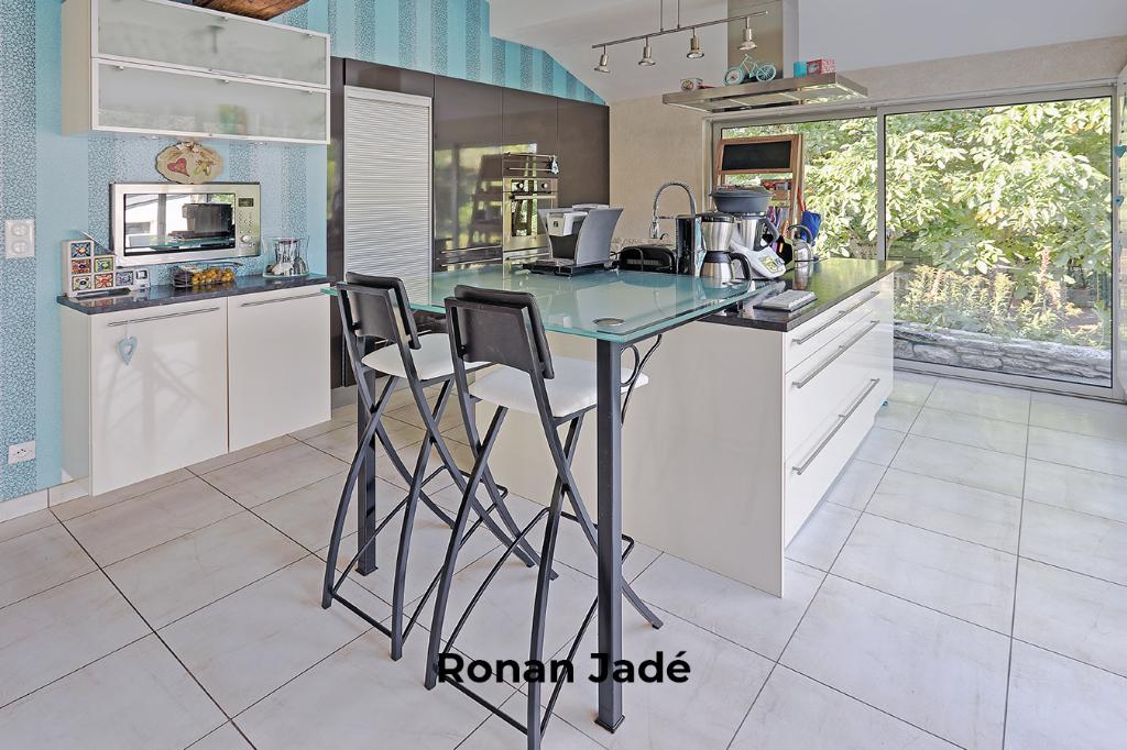 vente maison 150 m sautron 44880. Black Bedroom Furniture Sets. Home Design Ideas
