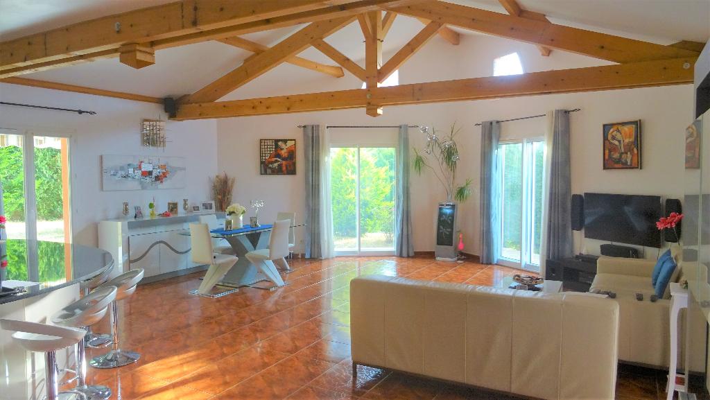 Belle Maison de 173m² sur 900 m² de terrain Secteur Bellevue/Solaure