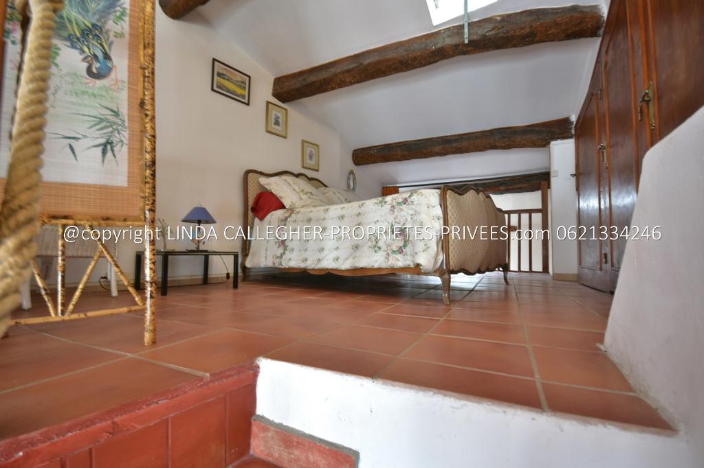 Maison de village Atypique , lumineuse, près de Pézenas 6 pièce(s) 160 m2 et terrain non-attenant