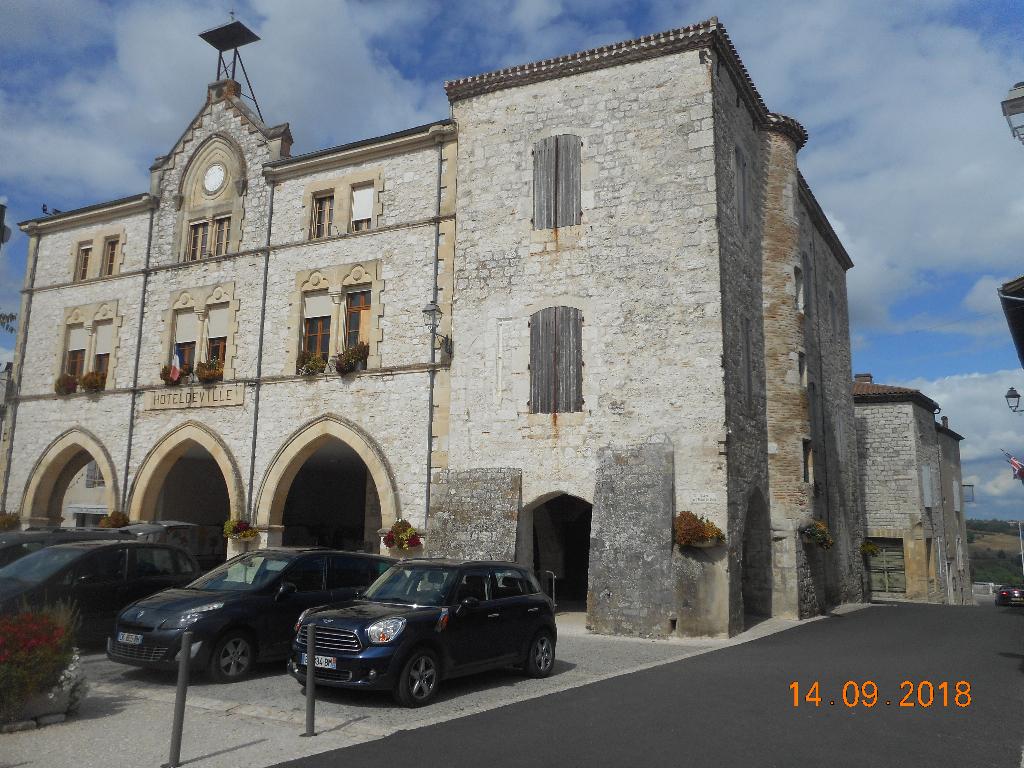 Maison Château du XIIIème siècle à rénover