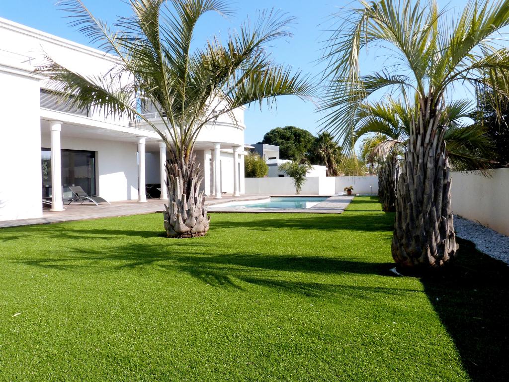 Villa Le Grau D Agde 6 pièce(s) 190 m2 + garage 60 m²