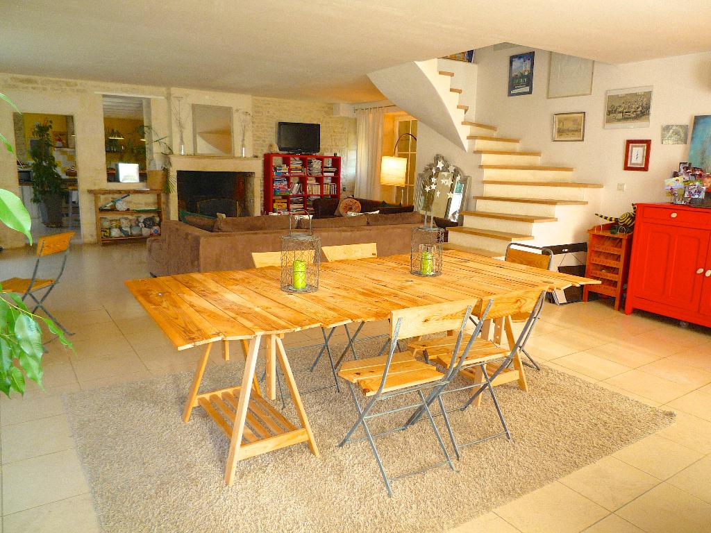 Maison Taugon 8 pièce(s) 190 m2