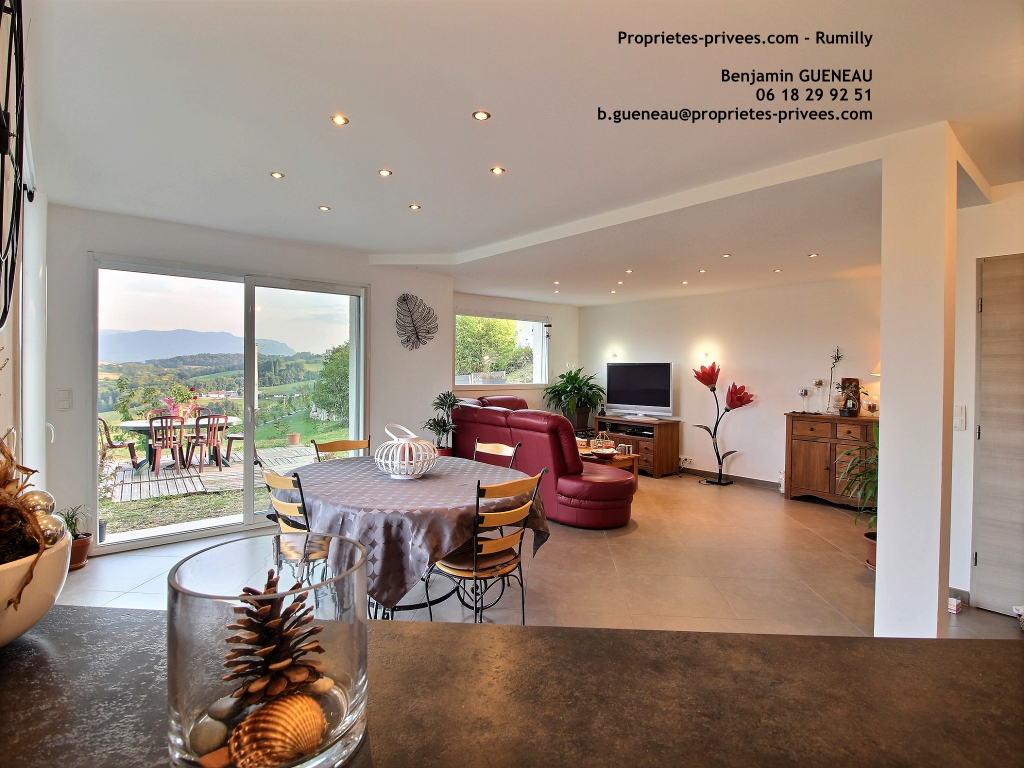 Maison Rumilly - 5 chambres - 139 m2
