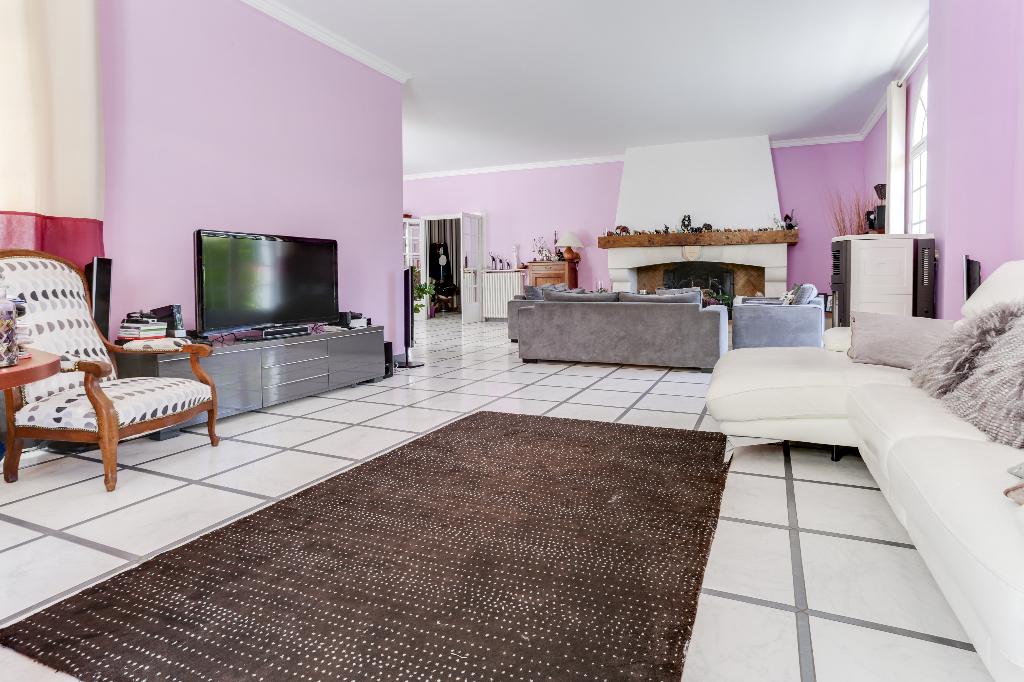 Maison Cestas 6 pièce(s) 220m2
