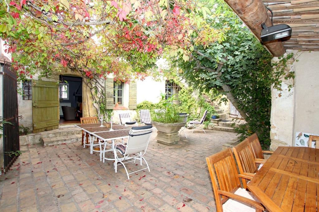 Belle propriété T10 coeur Sud Luberon