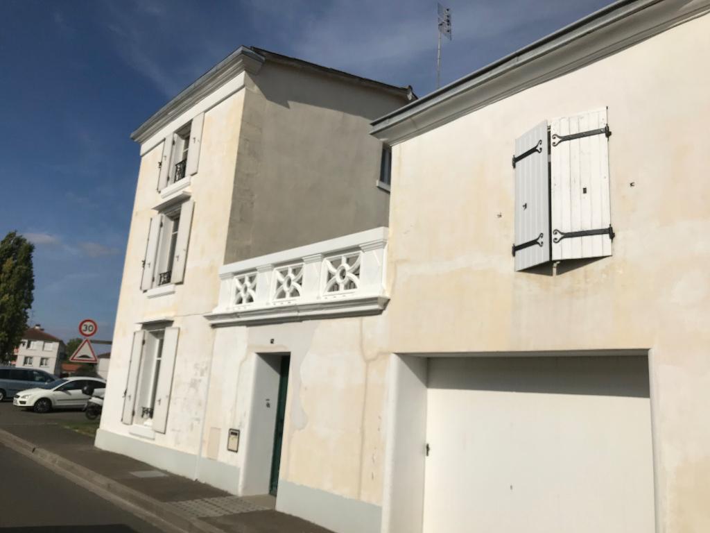 Maison Saint Maixent L Ecole 6 pièce(s) 100 m2