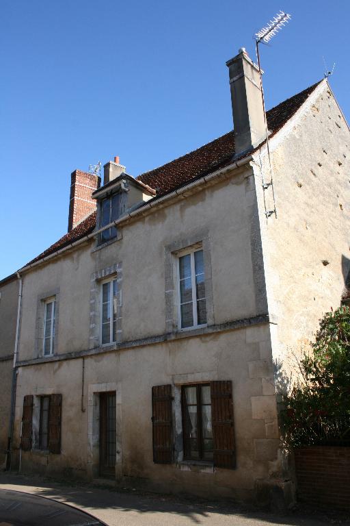 Maison à rénover 6 pièce(s) 160 m2