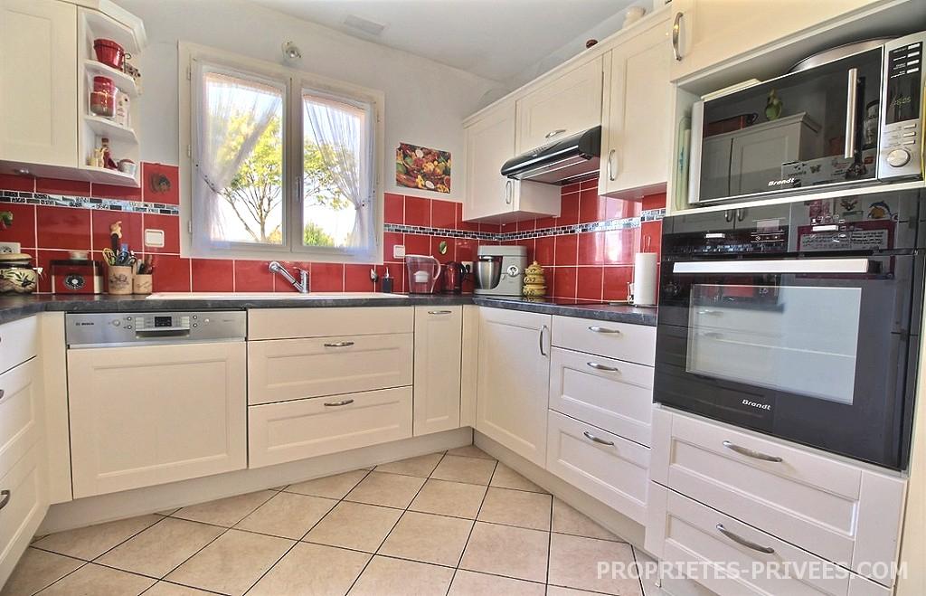 Maison d'env. 94 m² 348 500 euros HAI