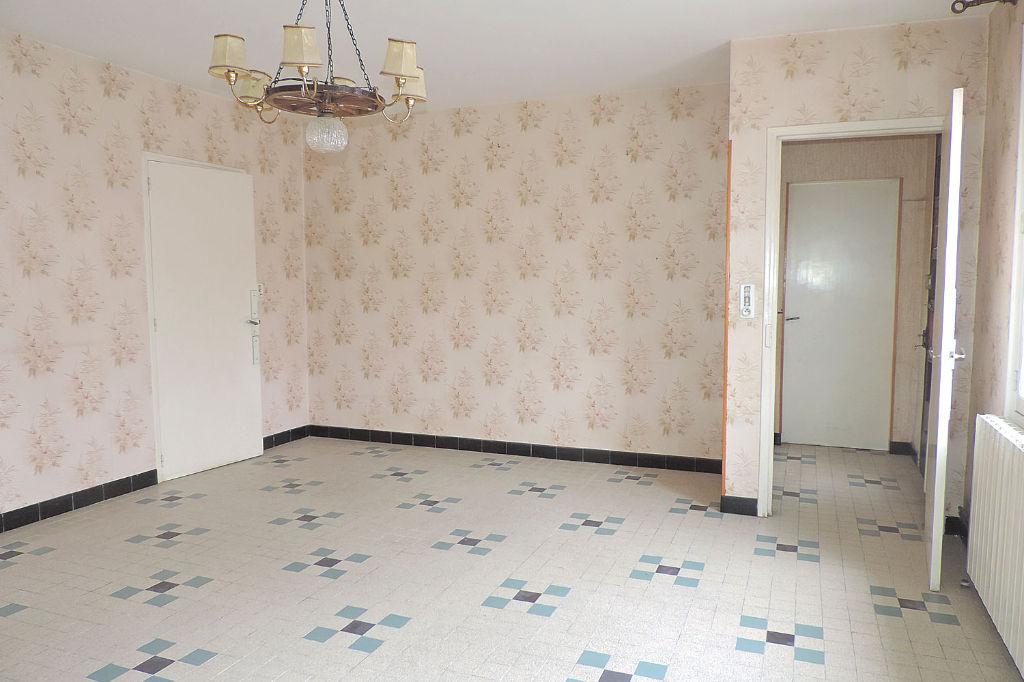 Maison Salles D Angles 7 pièce(s) 160 m2