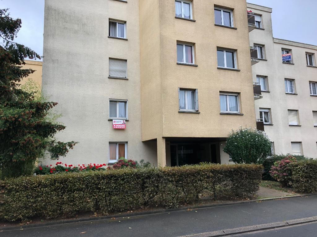 Appartement 4 pièces + loggia + Garage fermé 28300 Mainvilliers 143990