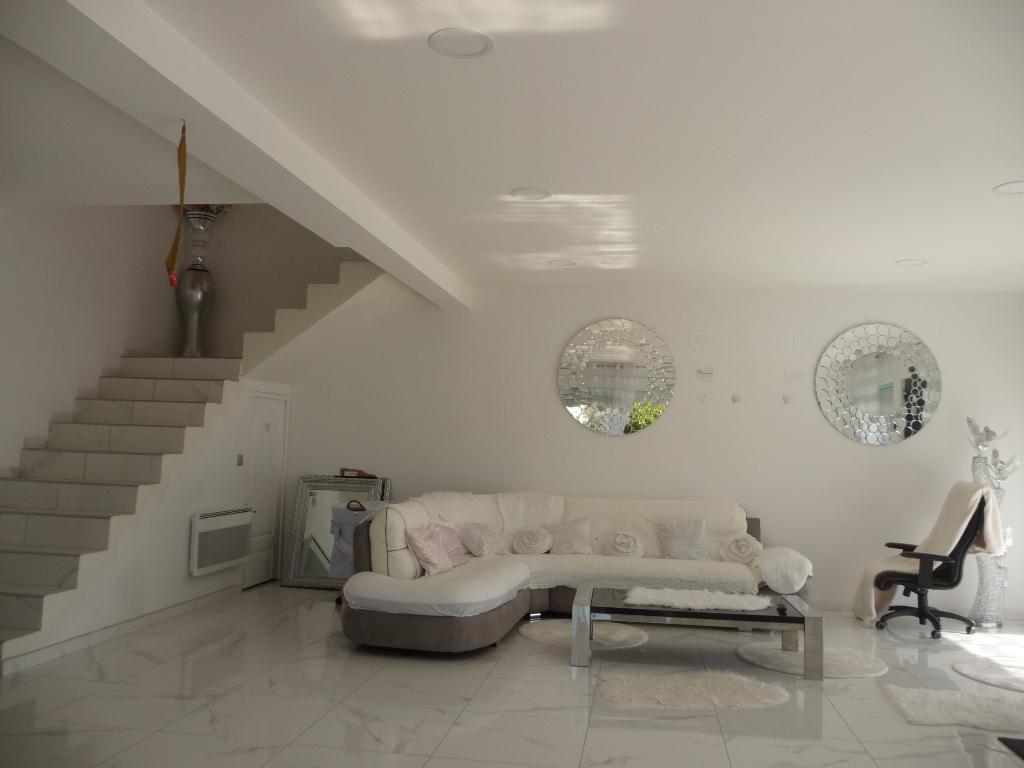 Maison moderne et lumineuse 135 m2