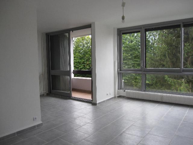Appartement T 4  Excellent Etat -