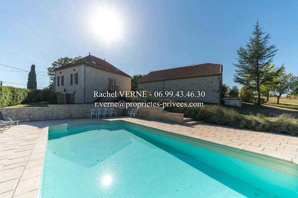 Ensemble Maison + Granges pierre rénovées Belmontet 8 pièce(s) 350 m2