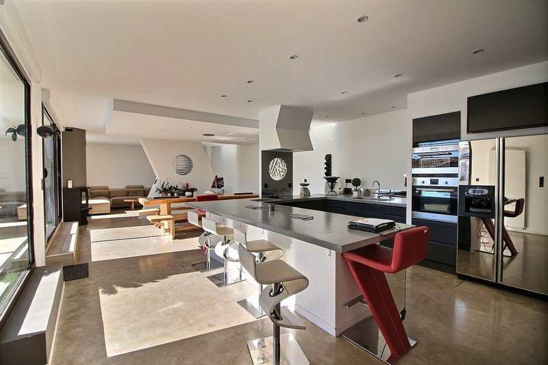 Villa 234 m² 6 pièces 84350 COURTHEZON