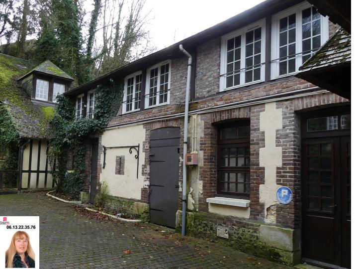 PONT ST PIERRE - Bâtiment de  100 m2 semi-aménager Prix : 59.990