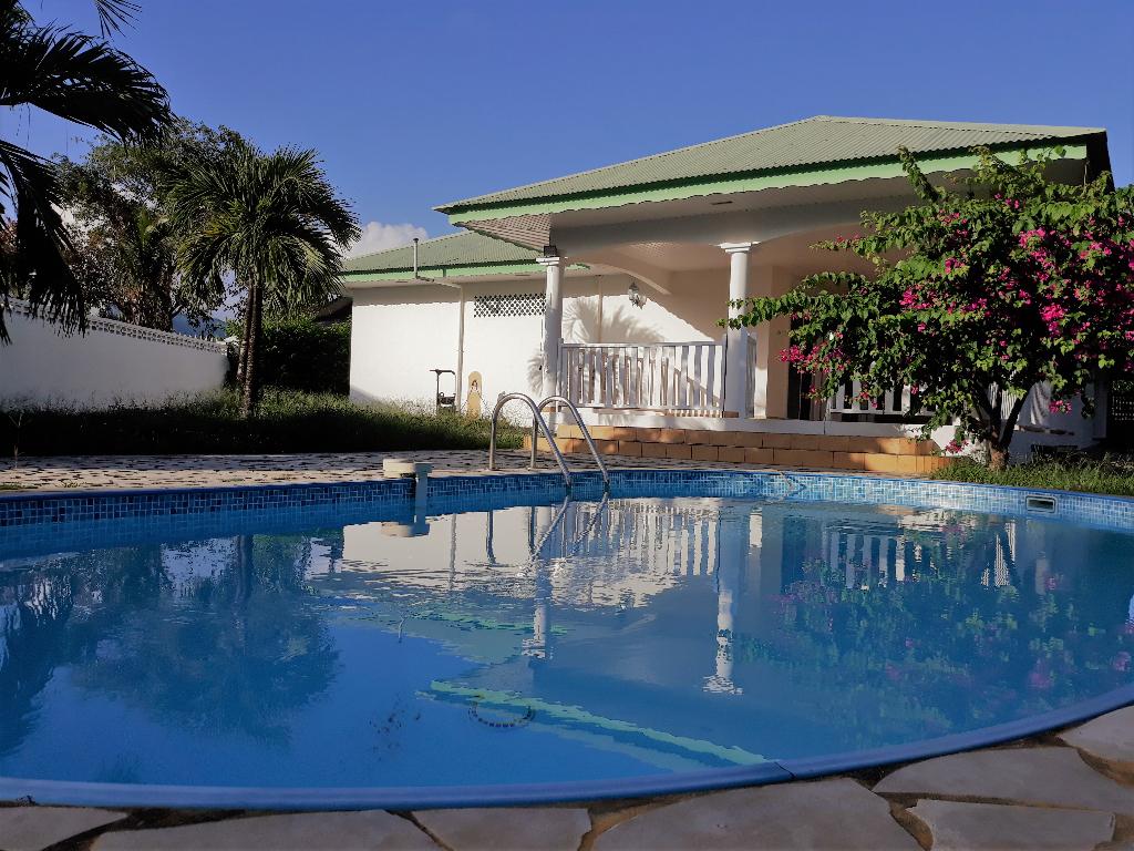 Rémire Montjoly 97354 -Villa  T5 avec PISCINE proche DES SALINES