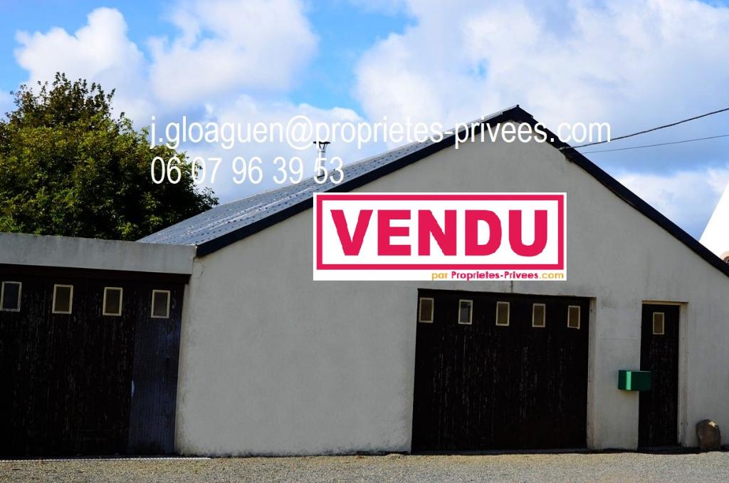 Local d'activité 300 m2  à Trévou Tréguignec