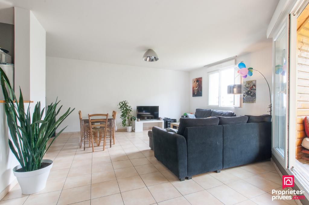 Appartement Rouen 5 pièces avec loggia et parking