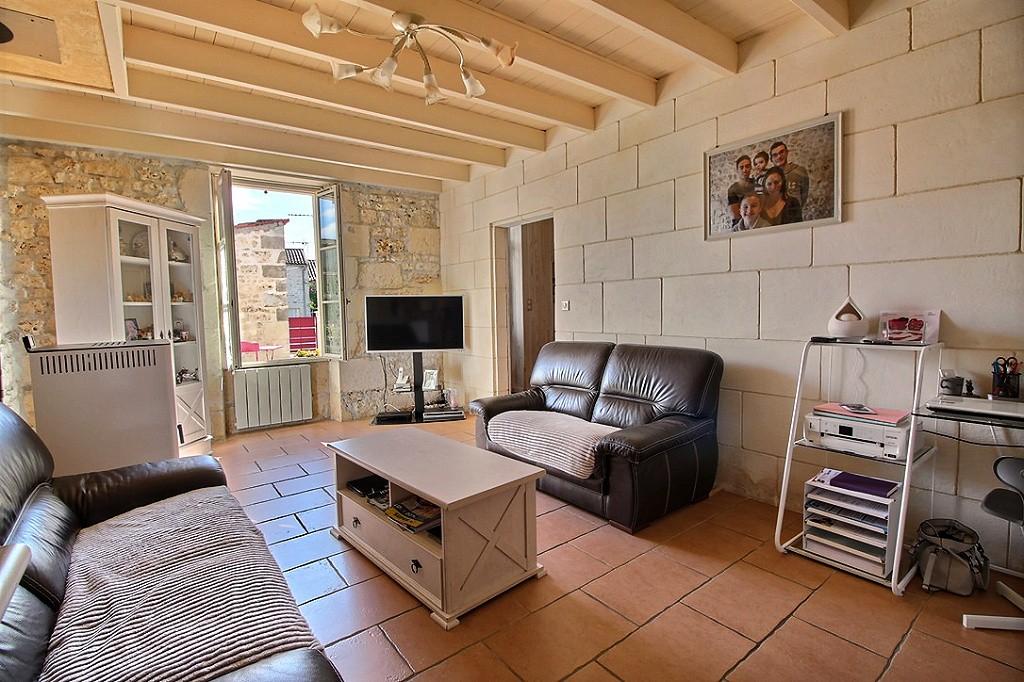 Maison Saint-savinien 5 pièce(s) 110 m2