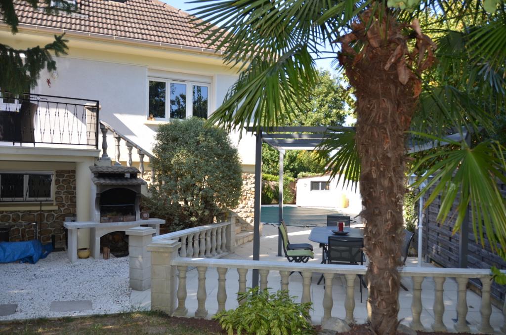 91390 - Morsang Sur Orge - Maison 6 pièce(s) 150 m²