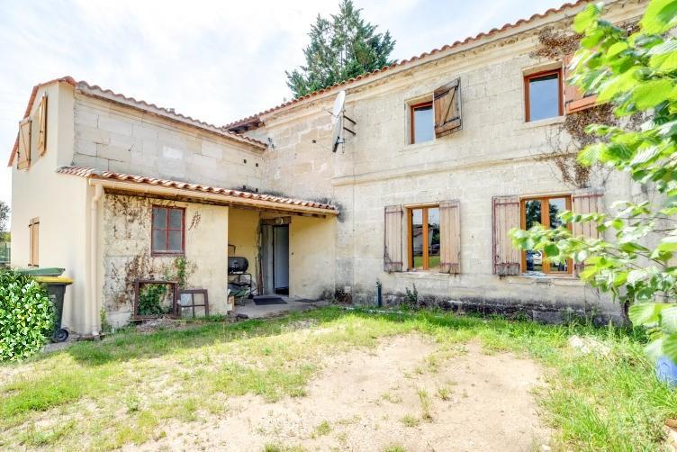 Maison en pierre 6 pièce(s) 200 m2
