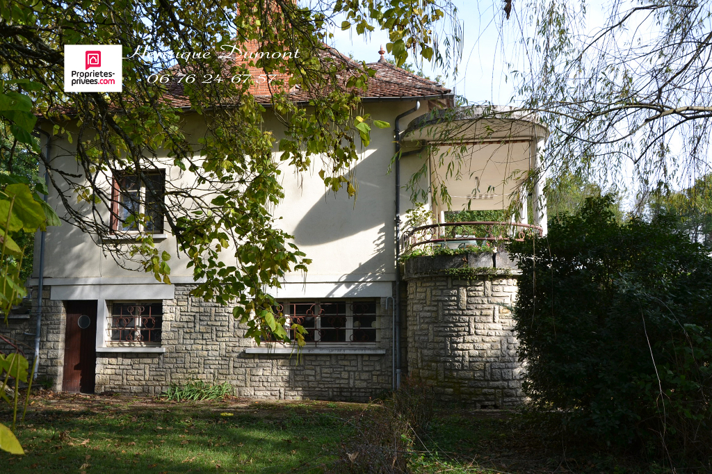 Maison  bourgeoise 6 pièce(s) 100 m2