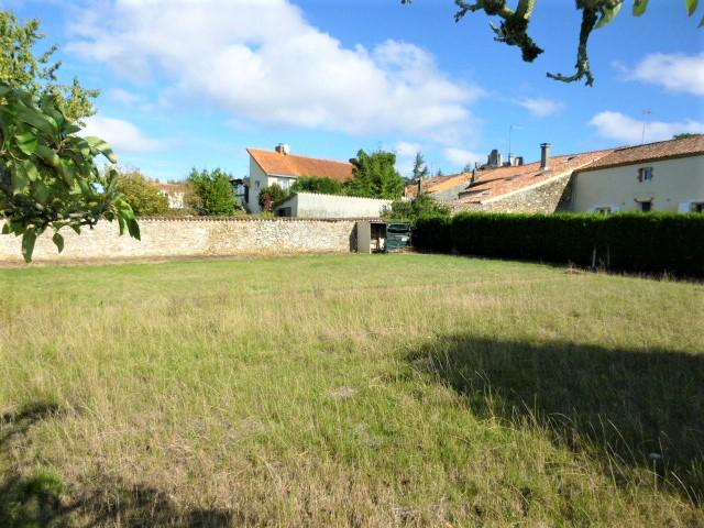 Terrain La Chataigneraie 761 m2