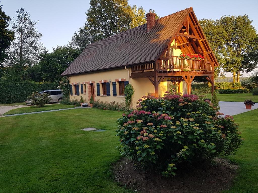 Proche  Lyons-La-Forêt Maison de  m² sur un terrain de  m²