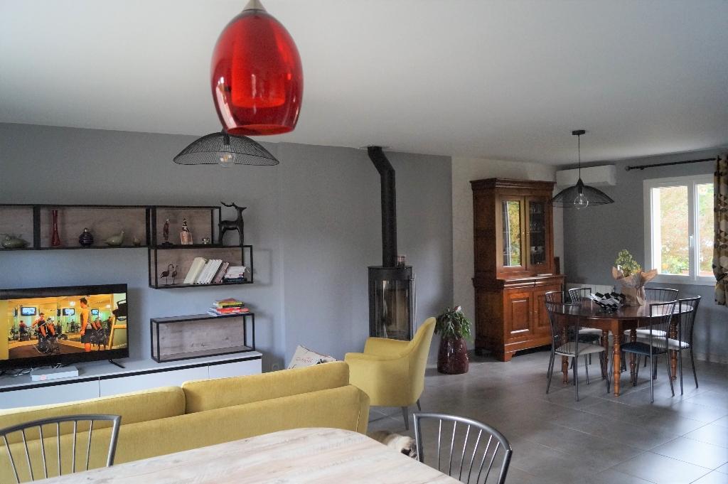 Maison Sarliac Sur L'isle 4 pièce(s) 123 m2