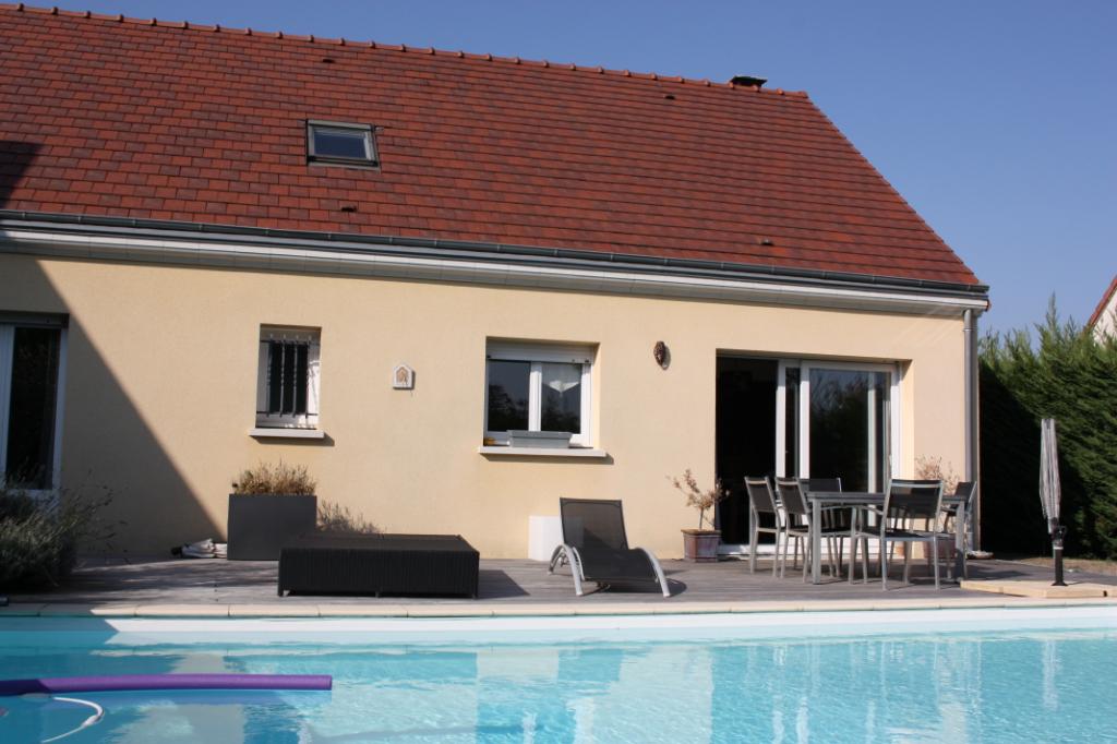 Agglo prisée de Chartres Maison  4 chambres de 150 m2
