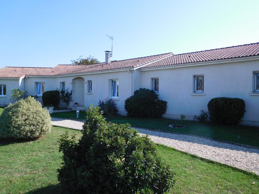 Maison Langon 10 pièce(s) 152.60 m2