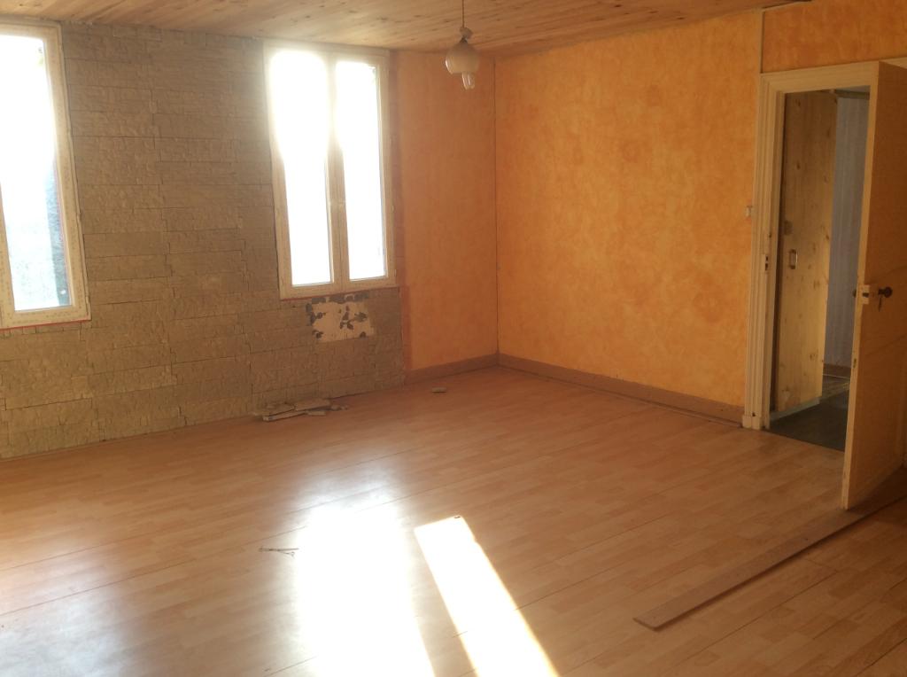 Maison Saint Sever De Saintonge 6 pièce(s) 150 m2