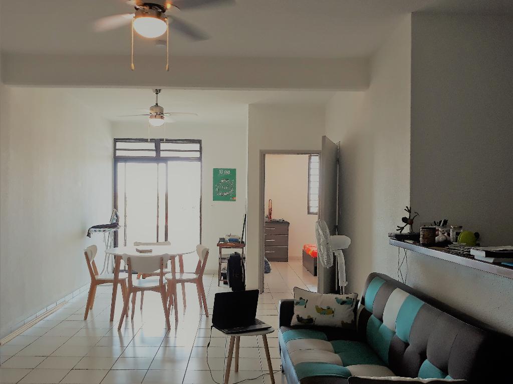 CAYENNE 97300 - Appartement T2 de 64.67 m2 avec loggia