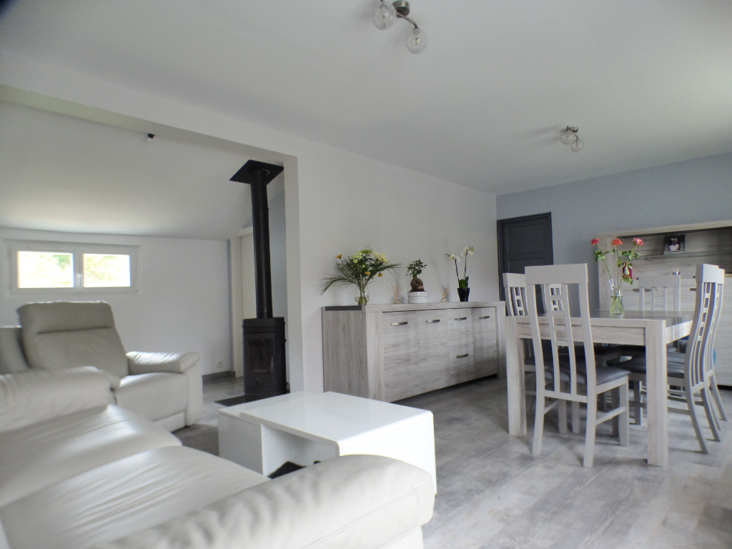 ABONDANT 28410 Maison individuelle de plain-pied - 2 chambres - Abris de jardin - Terrain - 181 980  HAI