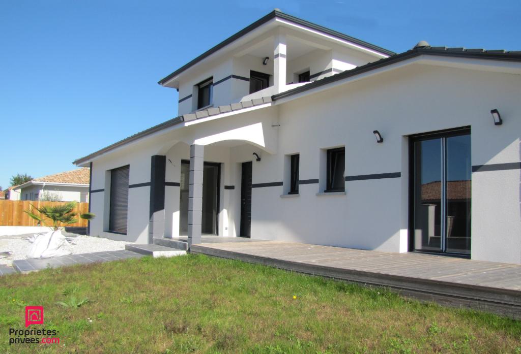 Villa 6 pièce(s) 158 m2 Belles prestations