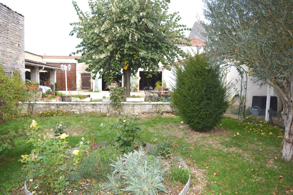 Maison Jarnac 8 pièce(s) 145 m2