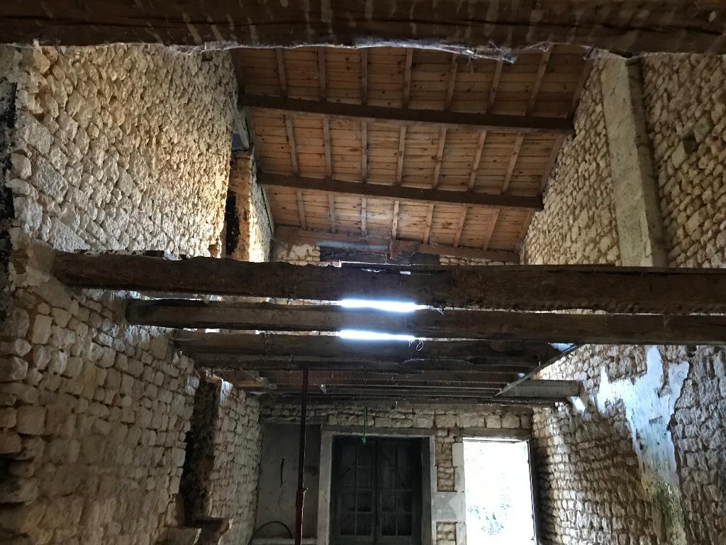 Maison Saint Maixent L Ecole 1 pièce(s) 100 m2 sur un terrain de 550 m² environ
