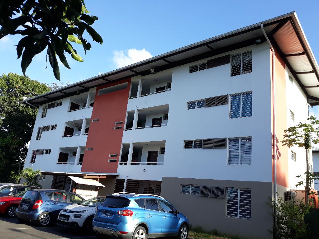 CAYENNE 97300 - Appartement T3 de 62.75 m2 avec Varangue