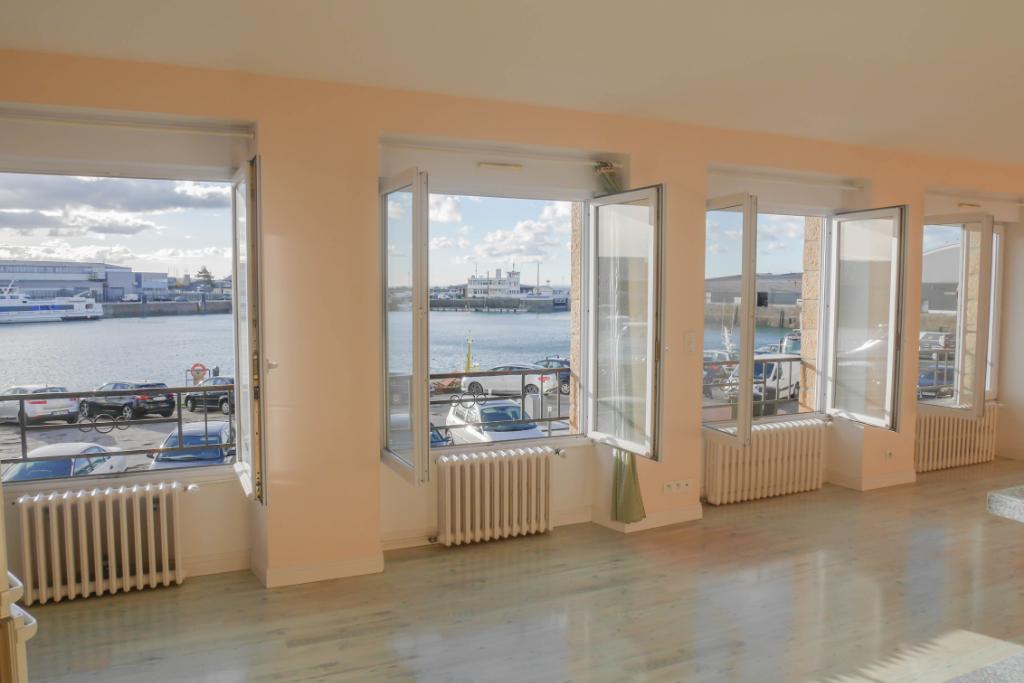 appartement 3 chambres 113 m2 pleine  vue mer