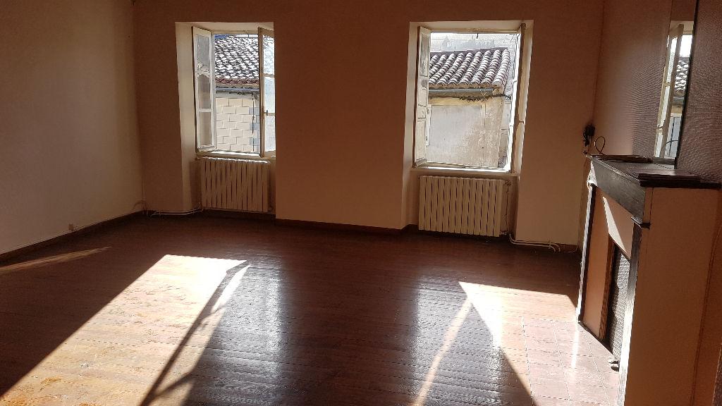 Appartement Limoux 4 pièce(s) superbe état