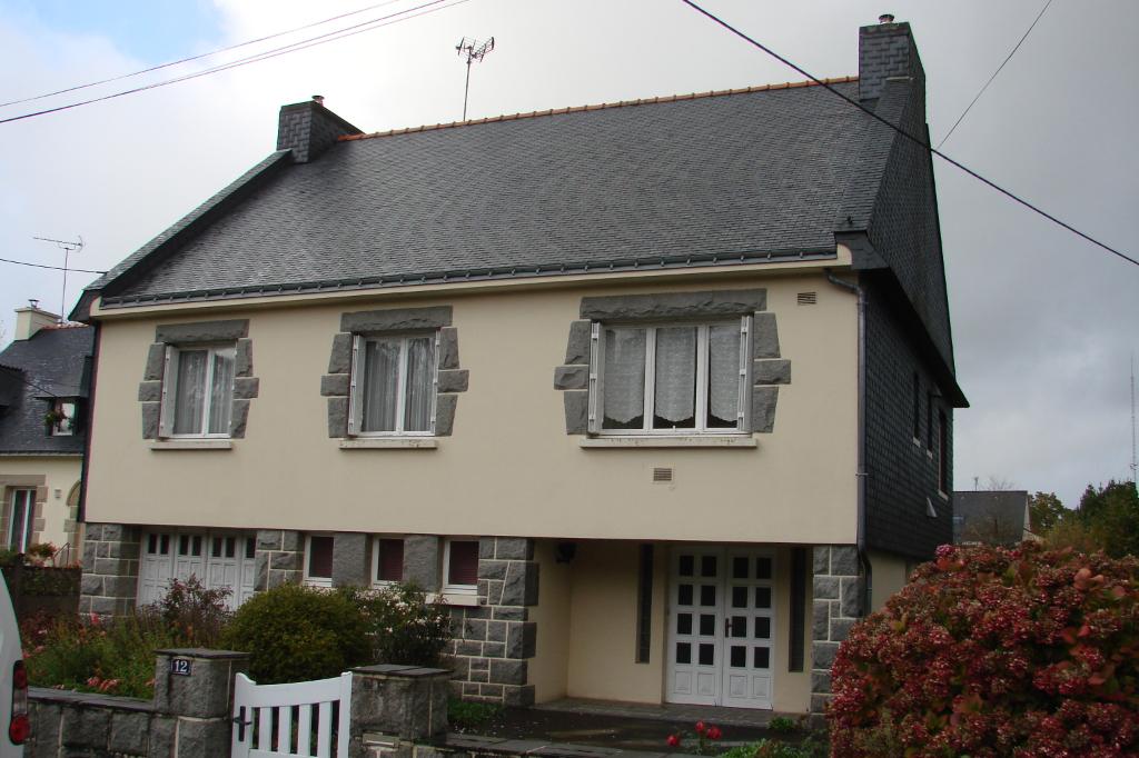 Maison Guerledan 6 pièce(s) 119 m2