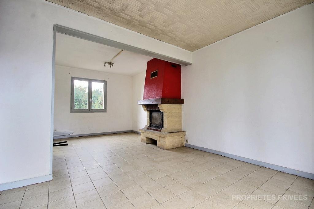 45410 Sougy Maison 3 chambres avec garage sur 547m2 de terrain