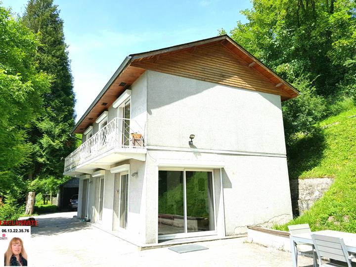 LES ANDELYS  PROCHE SEINE - AGREABLE MAISON DE 95 m2  AVEC  VUE + PONTON PRIVATIF  P. 249.999